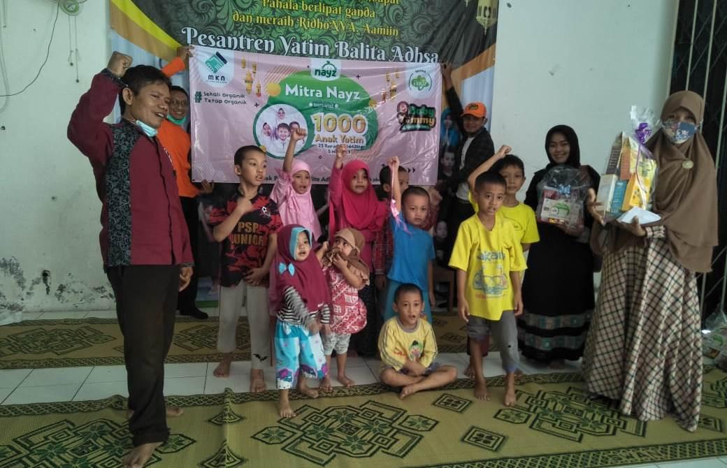 Mitra Kerja Nayz Memberi Santunan kepada Anak Yatim di 11 Kota, Serentak - JPNN.com