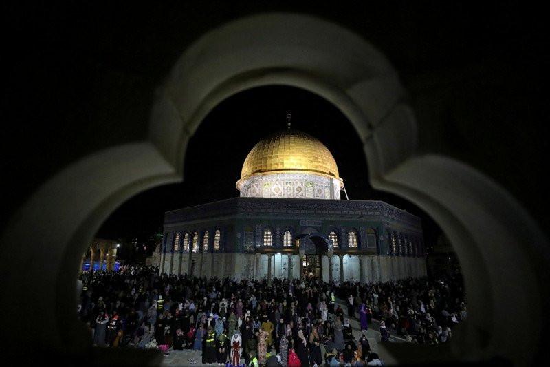 Iqbal Minta Kemenlu Dorong Pemberian Sanksi terhadap Israel - JPNN.com
