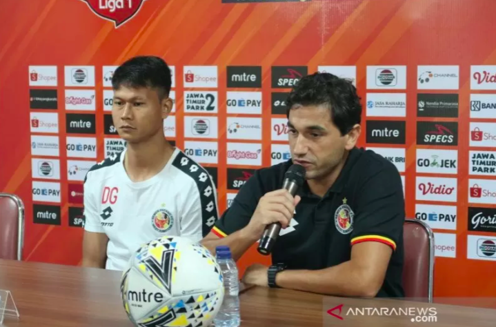 Eks Pemain PSM Dedi Gusmawan Resmi Berseragam Semen Padang - JPNN.com