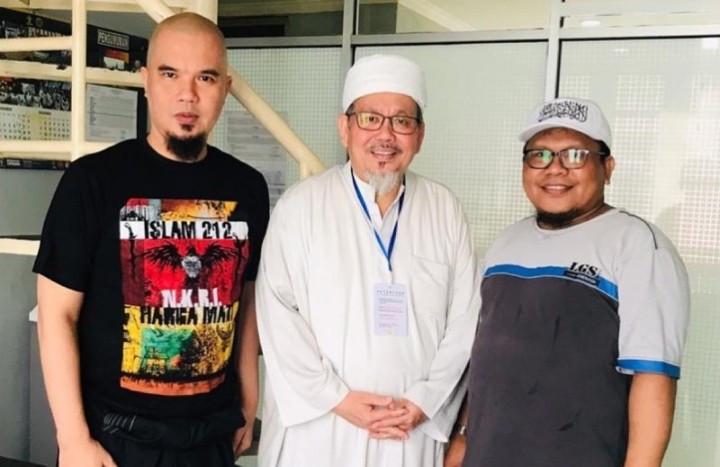 Berduka Atas Meninggalnya Tengku Zulkarnain, Ahmad Dhani Teringat Kejadian di LP Cipinang - JPNN.com