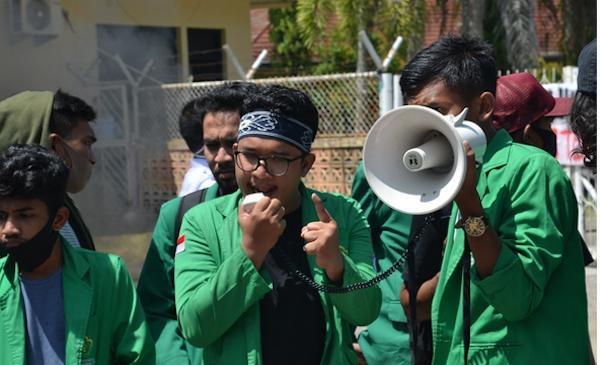 75 Pegawai KPK Dinonaktifkan, Mahasiswa Aceh Ucapkan Kalimat Menohok ke Firli Bahuri - JPNN.com