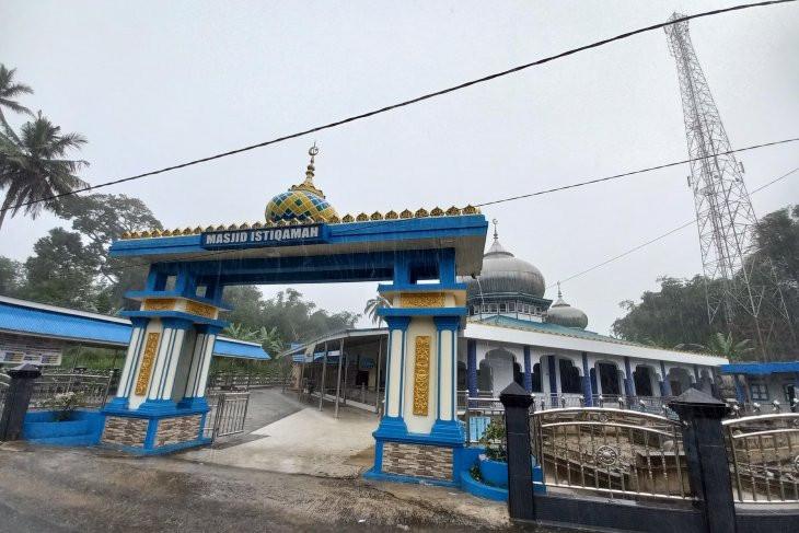 Berita Duka: Ustaz Marnis Bahrum Meninggal Dunia saat Sampaikan Khotbah Idulfitri - JPNN.com
