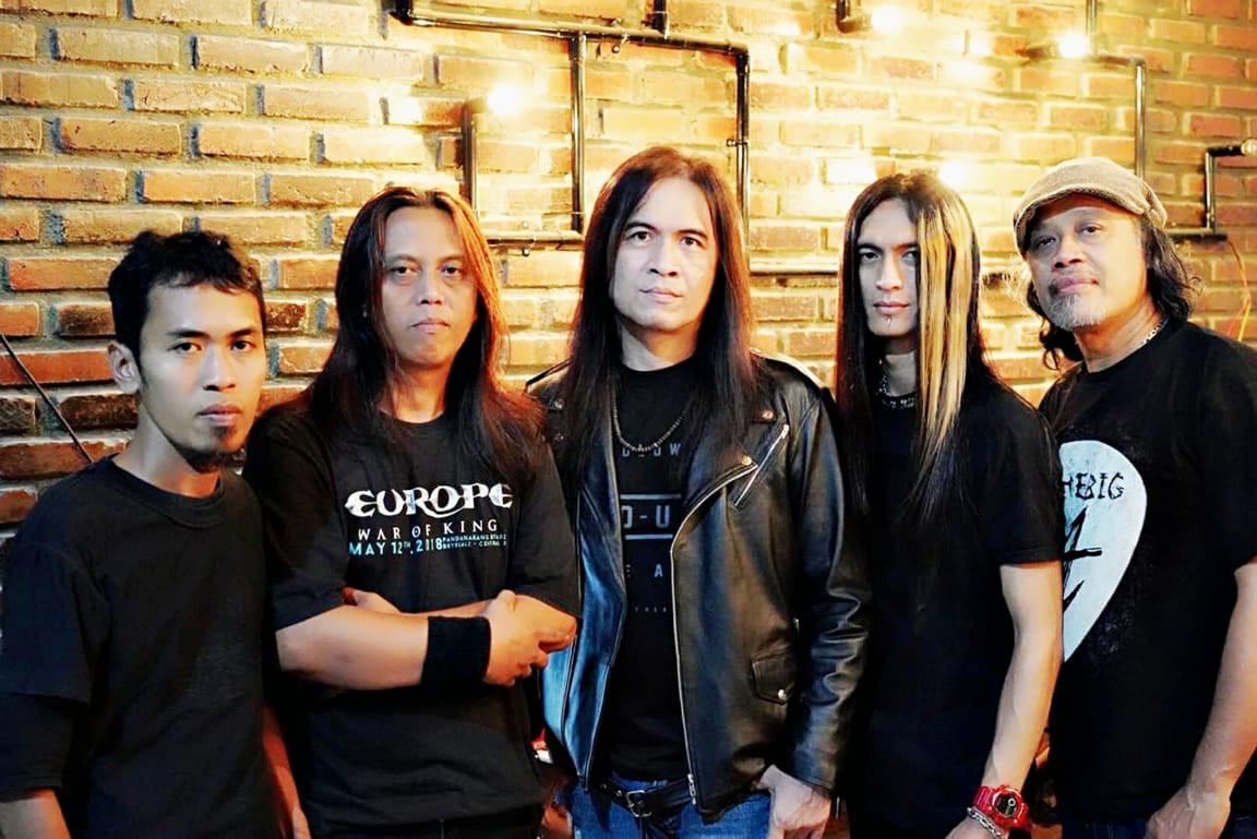 Royke Gencar Kenalkan Lagu 'Nanggala 402 Abadi di Samudra' di Sejumlah Kafe di Surabaya - JPNN.com Jatim