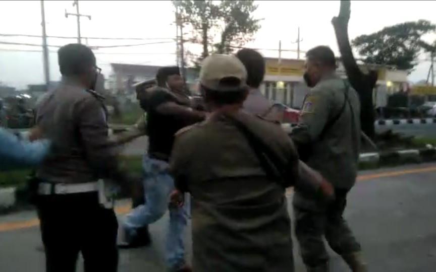 Sempat Ajak Duel Petugas di Jembatan Suramadu, Begini Nasib Pria Ini - JPNN.com Jatim