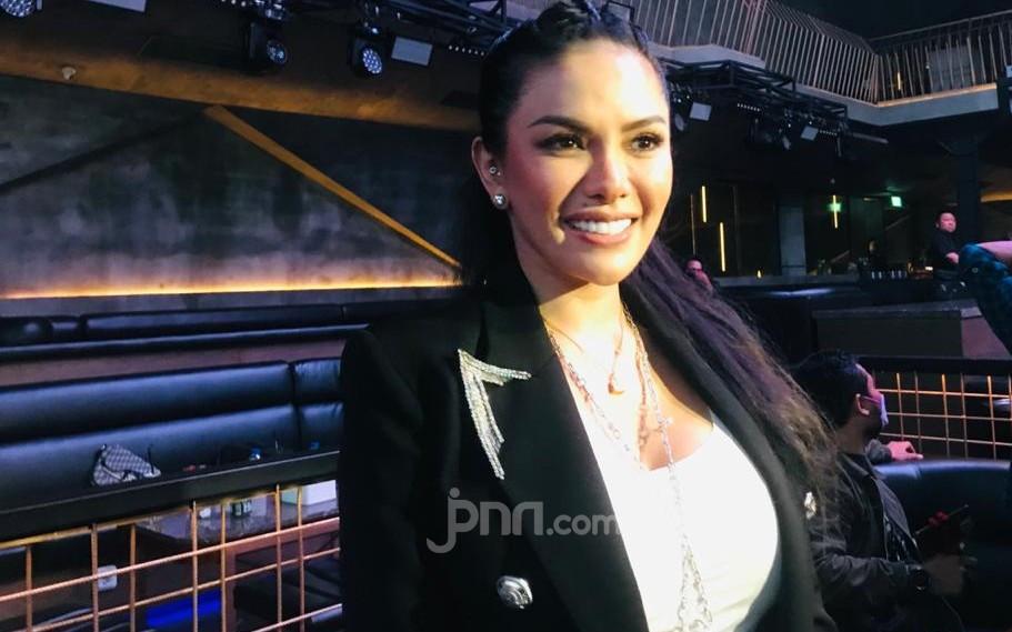 Nikita Mirzani Sebut Rachel Vennya Dapat Uang untuk Karantina, Tetapi Malah Kabur - JPNN.com