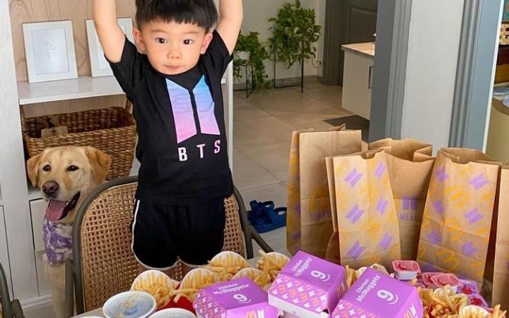 Istri Chef Arnold Borong Puluhan Paket BTS Meal, Sultan Mah Bebas