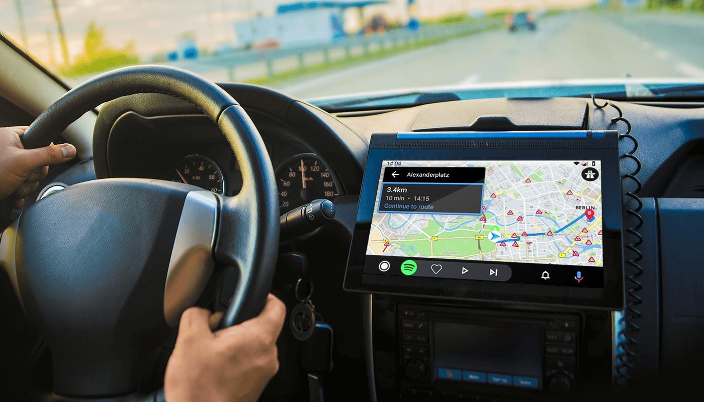 5 Cara Aman Menggunakan Peta Digital saat Mengendarai Mobil - JPNN.com