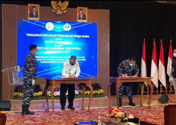 TNI AL dan BI Bekerja Sama Distribusikan Uang ke Wilayah Ini - JPNN.com