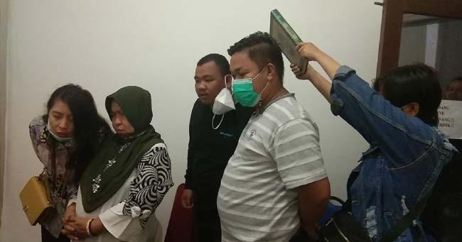 Ibu Korban Pembunuhan di Hotel Rio Minta Pelaku Dihukum Mati - JPNN.com