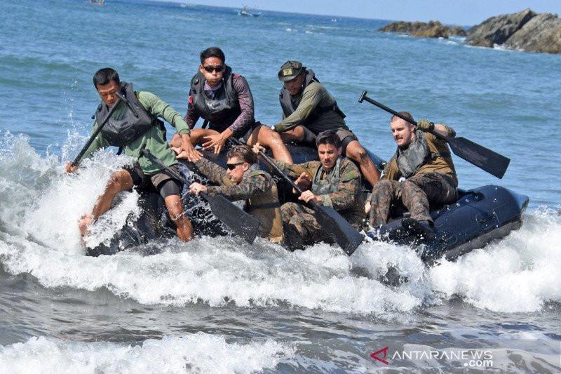 Seru! Marinir Indonesia dan AS Berjuang Bersama Menembus Gelombang, Lihat Saja Fotonya - JPNN.com