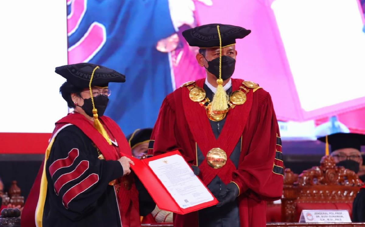 Rektor Unhan Sebut Jarang Ada Pemimpin di Dunia Seperti Megawati Soekarnoputri - JPNN.com