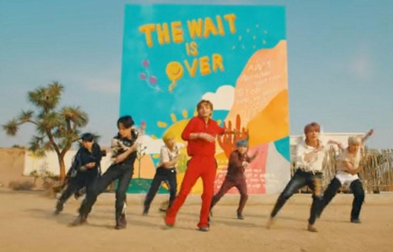 BTS Ajak Penggemar Menari Lewat Lagu Permission to Dance ...