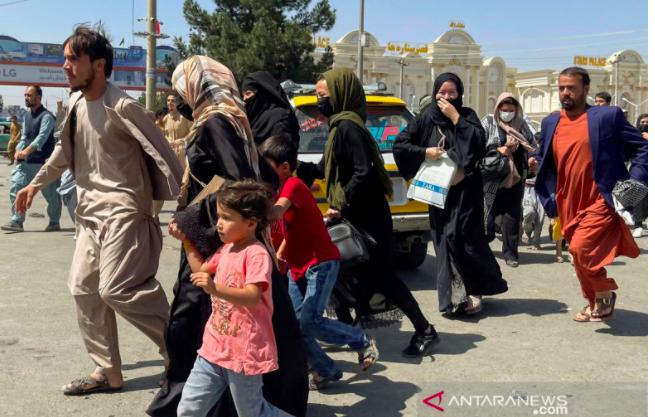 Dituding tak Becus Urusi Konflik di Afghanistan, Menlu Mundur dari Jabatan - JPNN.com