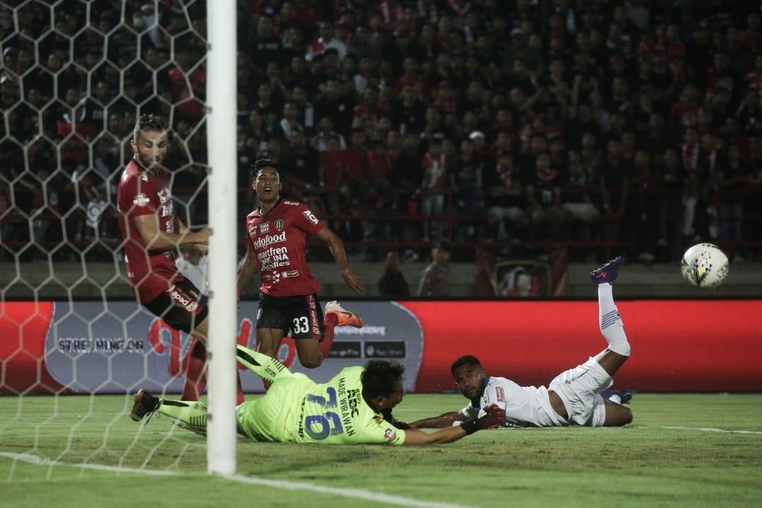 Preview Persib vs Bali United: Laga Big Match Tim Pemuncak Klasemen - JPNN.com Bali