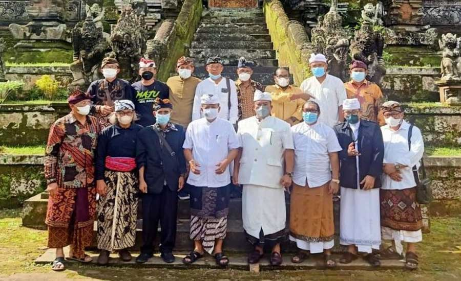 PHDI Pusat Turun Tangan, Sentil Mahasabha Luar Biasa di Pura Samuan Tiga Gianyar - JPNN.com Bali