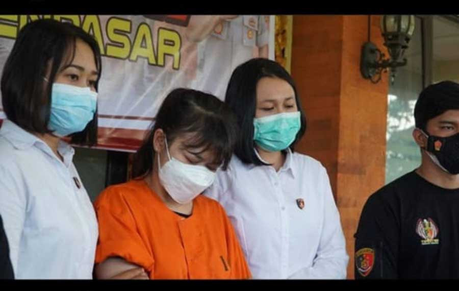 Kombes Jansen: Selebgram RR Ditangkap saat Telanjang Bulat Depan Netizen, Hhmmmm - JPNN.com Bali