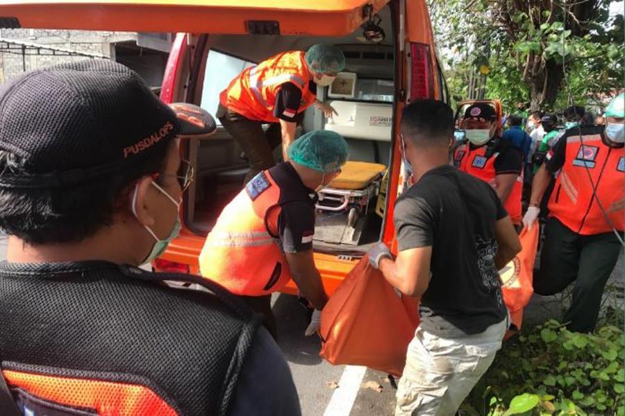 FIXED! Mayat Pemotor Hanyut ke Sungai di Denpasar Bernama Giseng Asal Banyuwangi - JPNN.com Bali