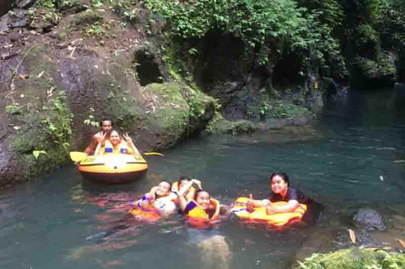 Menikmati Wisata Alam Mangsi River sambil Luluran dengan Pasir Hitam - JPNN.com Bali