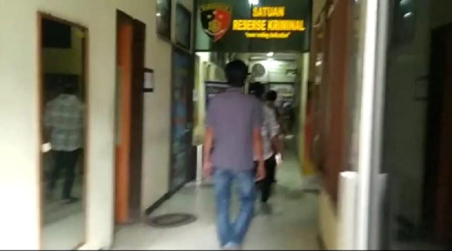Tiga Orang Debt Collector Diciduk Polisi, Sempat Ancam Tembak Korban, Hhhmmm - JPNN.com Bali