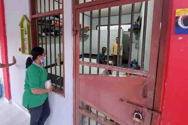 Marciana Minta Sipir Rutan Kupang Perlakuan Tahanan Lebih Manusiawi - JPNN.com Bali