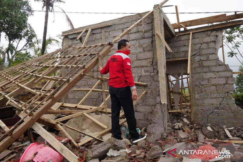 Anak Tewas, Rumah Rata dengan Tanah, Begini Curhat Korban Gempa Karangasem - JPNN.com Bali