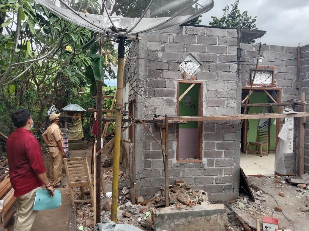 Mensos Tri Rismaharini Bantu Rehab 110 Unit Rumah Warga Buleleng Senilai Rp4,4 Miliar - JPNN.com Bali