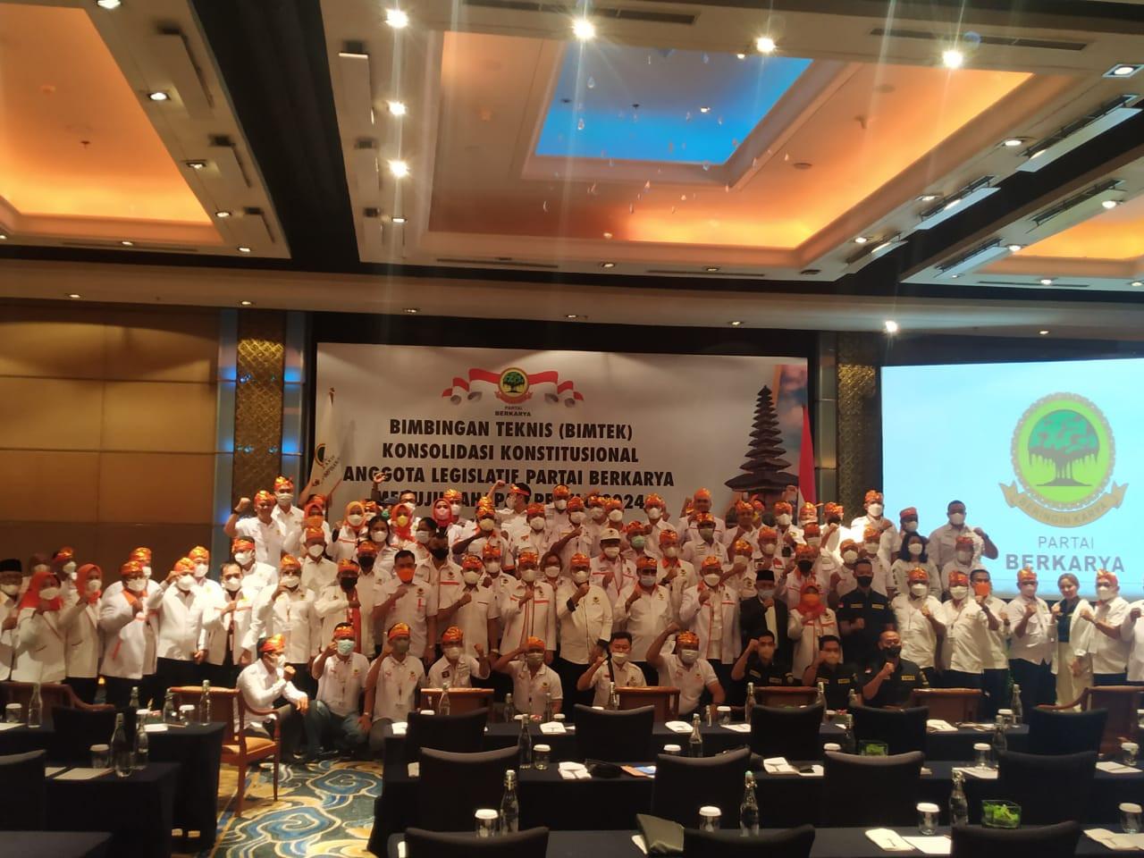 Muchdi PR Gelar Bimtek Partai Berkarya di Bali, Target 5 Persen Nasional di Pemilu 2024 - JPNN.com Bali