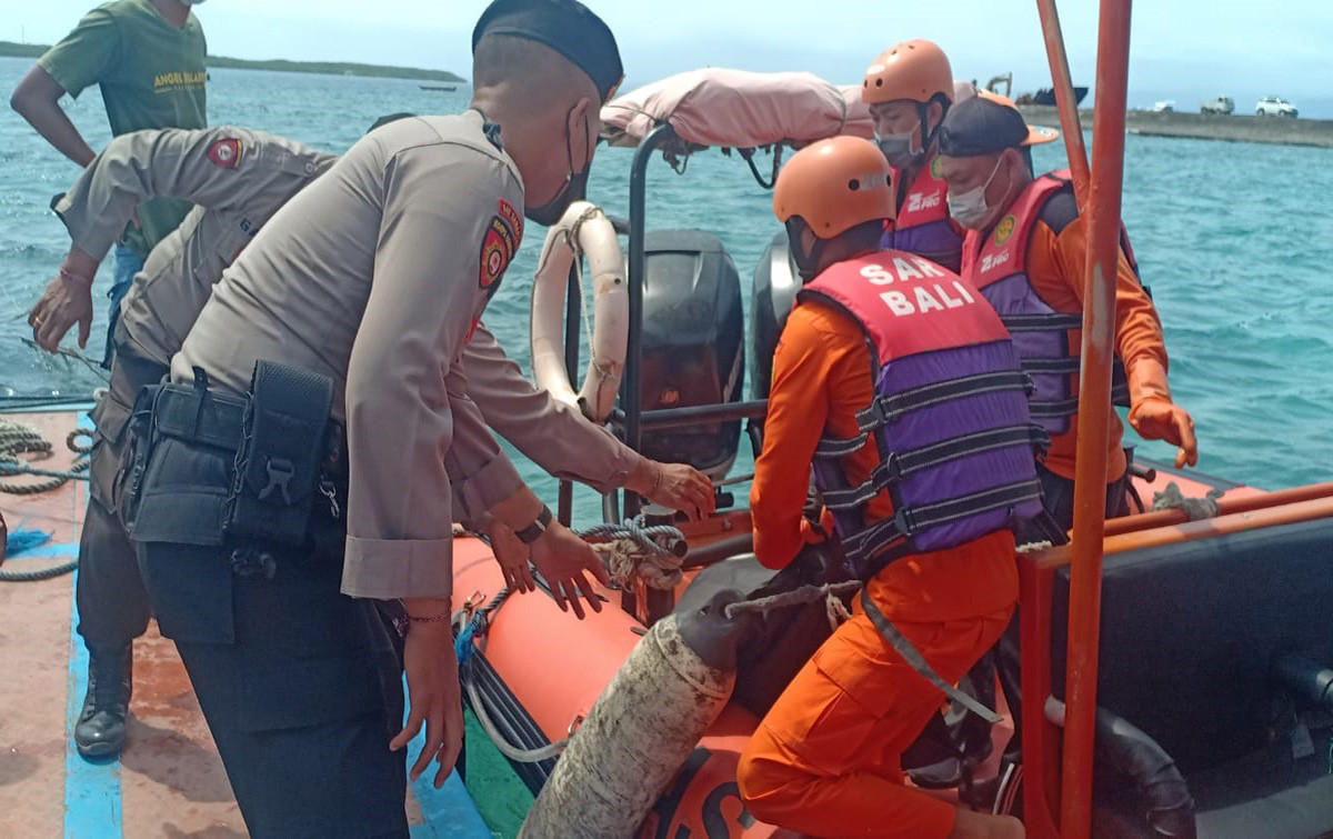 Jasad Guide Penolong Turis Asal Gowa Sulsel di Pantai Kelingking Ditemukan, Duh Endingnya - JPNN.com Bali