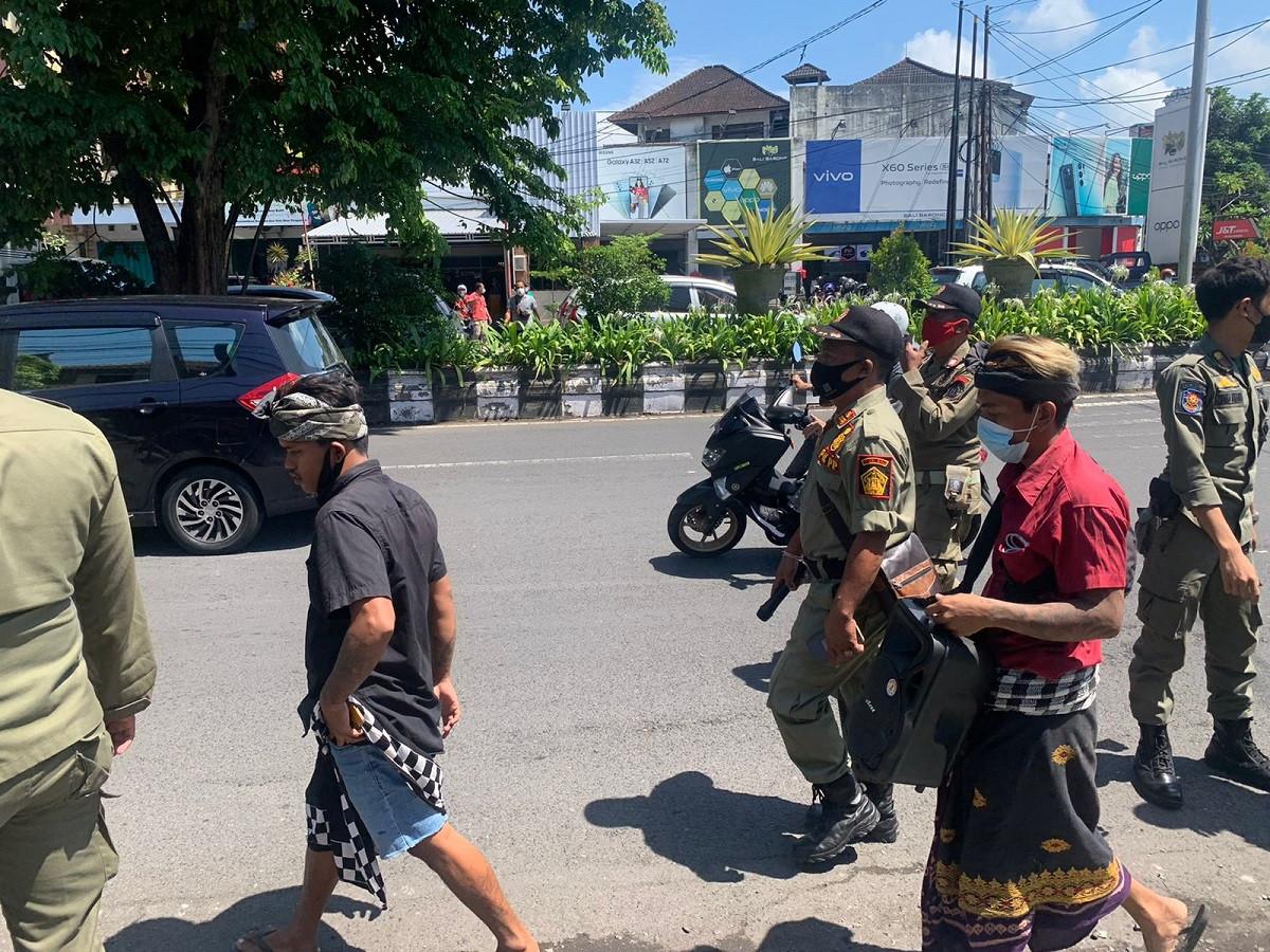 Wagub Cok Ace Prihatin Gepeng dan Pangemen Kian Sesaki Denpasar, Sebut Fakta Ini - JPNN.com Bali