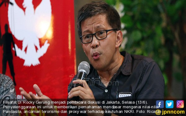 TV One Diminta Tak Hadirkan Rocky Gerung Jadi Narasumber ILC - JPNN.COM