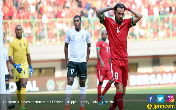 Pemain Timnas Indonesia Stefano Janjtje Lilipaly - JPNN.COM