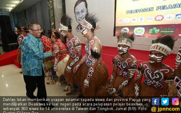 Beasiswa 360 Anak Muda Ini Berkat Indonesia Tiongkok Culture Centre  JPNN Foto