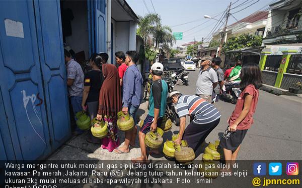 Akhir Tahun, Gas Melon Mulai Langka - JPNN.COM