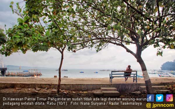 Pantai Pangandaran Tanpa Warung - JPNN.COM