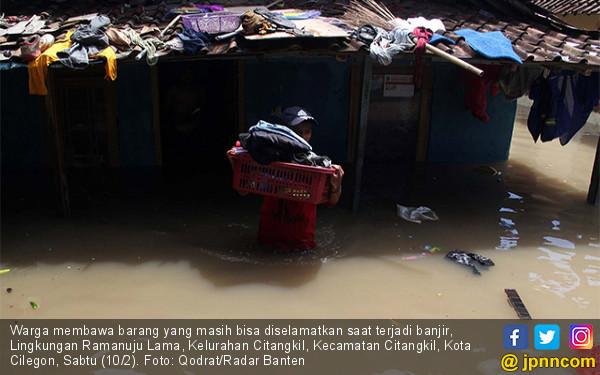 Kawasan Citangkil Cilegon Terendam Banjir - JPNN.COM