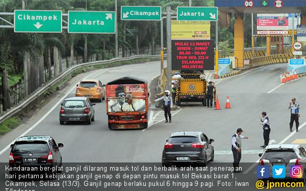 Ganjil Genap Tol Cikampek Mulai Diberlakukan - JPNN.COM