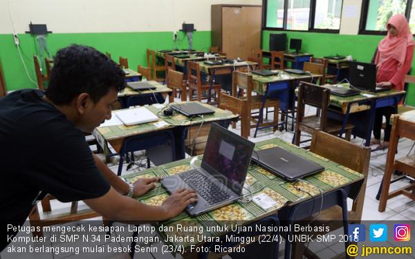 Persiapan UNBK Tingkat SMP - JPNN.COM