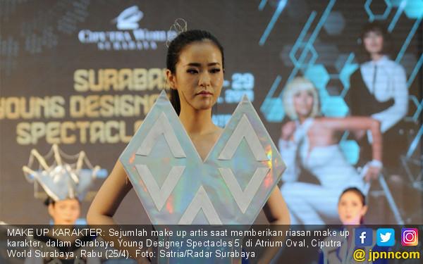 Surabaya Young Designer Spectacles 5 - JPNN.COM