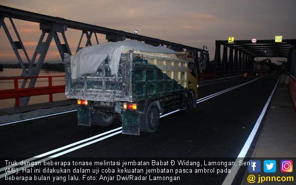 Jembatan Babat Jalani Masa Uji Coba - JPNN.COM