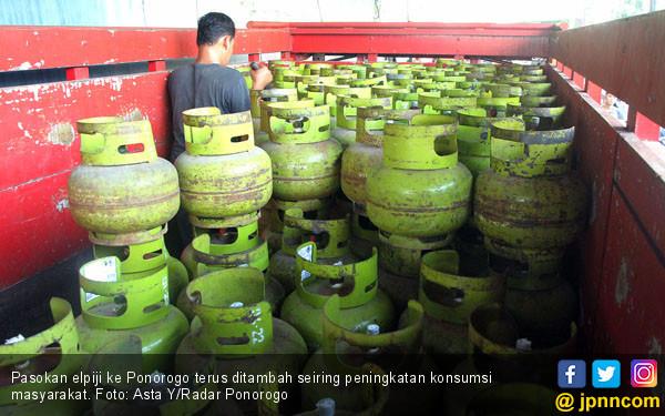 Pasokan Gas Elpiji ke Ponorogo Ditambah - JPNN.COM