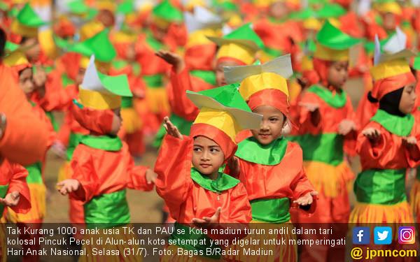 1.000 Anak TK dan Pau Bawakan Tarian Kolosal - JPNN.COM