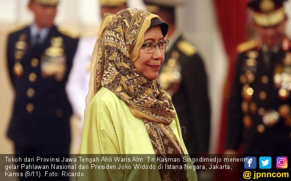 Tokoh dari Provinsi Jawa Tengah Ahli Waris Alm. Tn Kasman Singodimedjo - JPNN.COM
