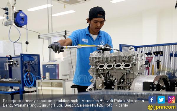 Pabrik Mobil Mercedes Benz - JPNN.COM