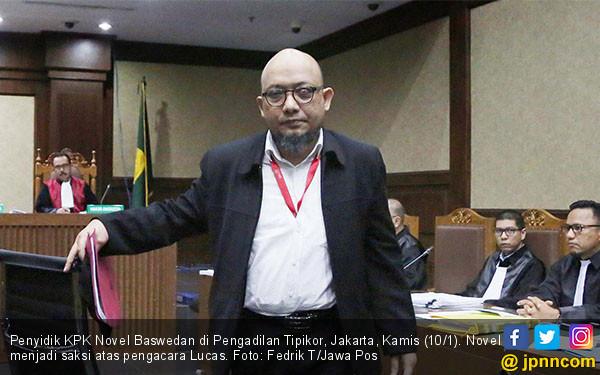 Novel Baswedan Bersaksi di Sidang Lucas - JPNN.COM
