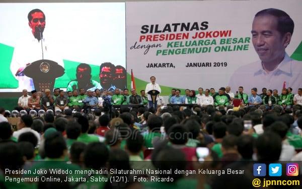 Jokowi Hadiri Silaturahmi Nasional dengan Keluarga Besar Pengemudi Online - JPNN.COM