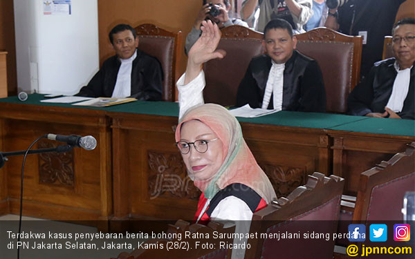 Doakan Pemilu Damai, Ratna Sarumpaet Terus Dukung Prabowo - Sandi - JPNN.com