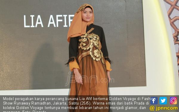 Perancang Busana Lia Afif - JPNN.COM