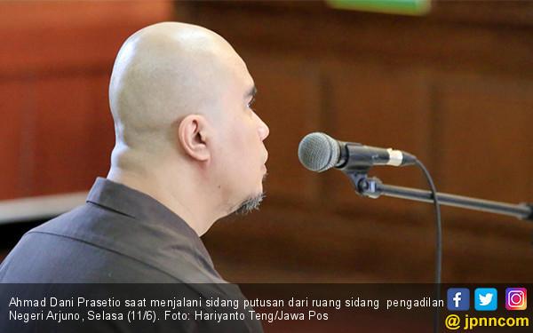 Ahmad Dhani Jalani Sidang Putusan - JPNN.COM
