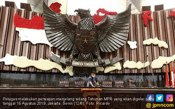 Semoga Pidato Jokowi dalam Sidang Tahunan MPR Nanti Bukan soal Remeh-Temeh - JPNN.com