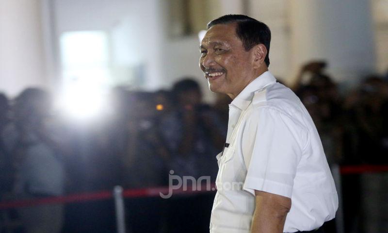 Luhut Binsar Pandjaitan Bakal Diperiksa di Polda Metro Jaya, Ini Kata Kuasa Hukum - JPNN.com